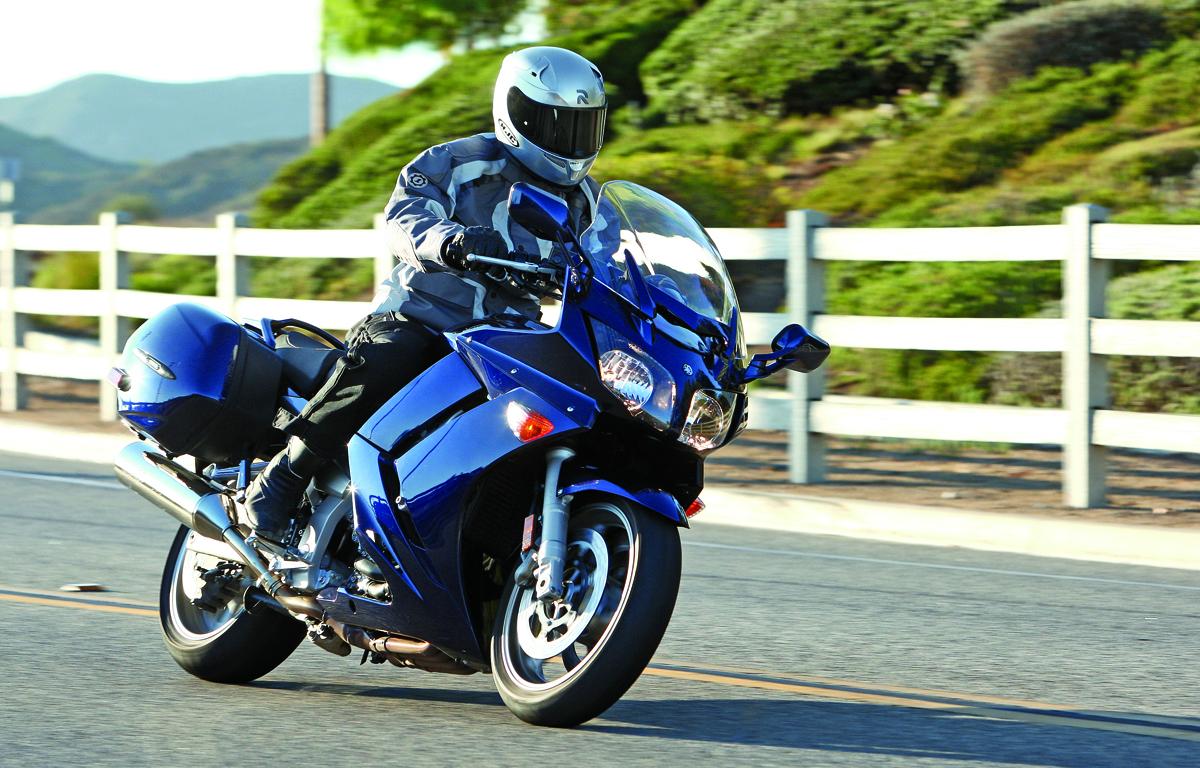 Yamaha-FJR1300-7L1O8319