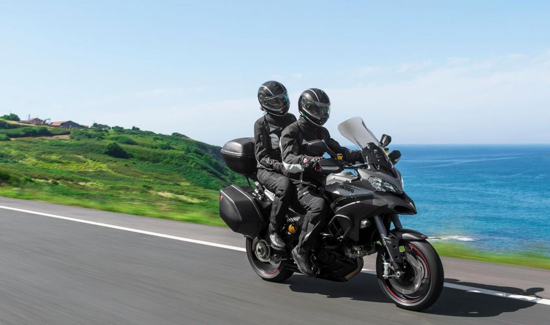 2013-Ducati-Multistrada-1200-S-Granturismo-Engine